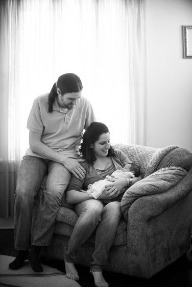 family portraits in your home with newborn