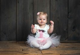 one year baby girl portraits