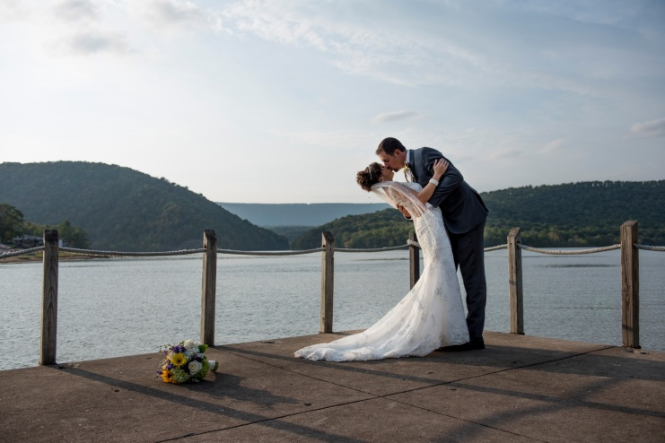 wedding portraits at Raystown Lake